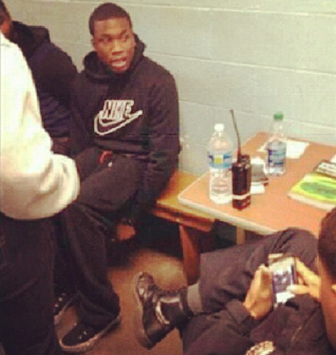 maybach music group artist meek mill handcuffed and arrested