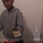 Lil Rasheed Pulls Out A Bank Roll & Disses Broke Rappers